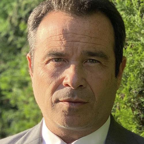 Dr. Roberto Ovando