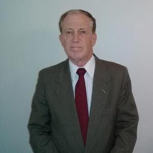 Dr. Juan José Echepareborda.